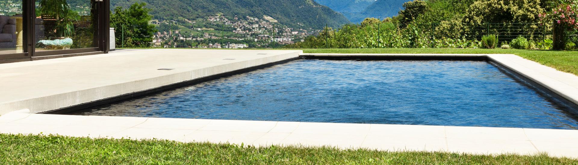 piscine pr fabriqu e en b ton budget pool simplement parfait
